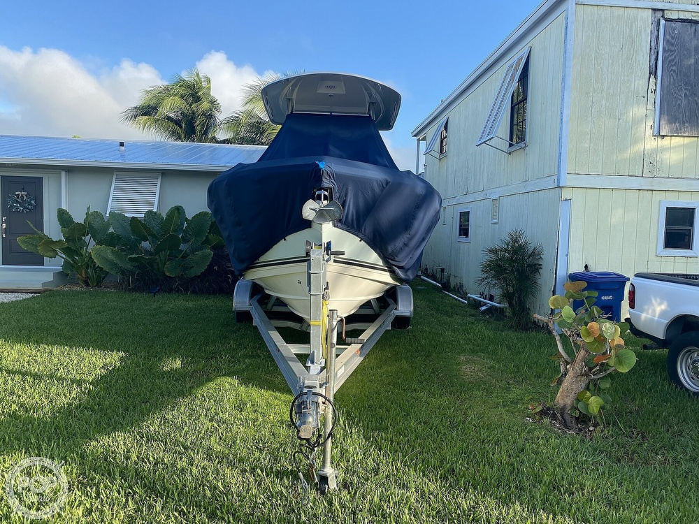 2014 Cobia boat for sale, model of the boat is 237 & Image # 5 of 40