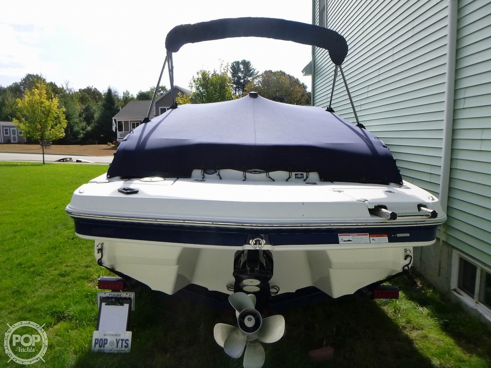 2011 Larson boat for sale, model of the boat is 238 LXi & Image # 11 of 40