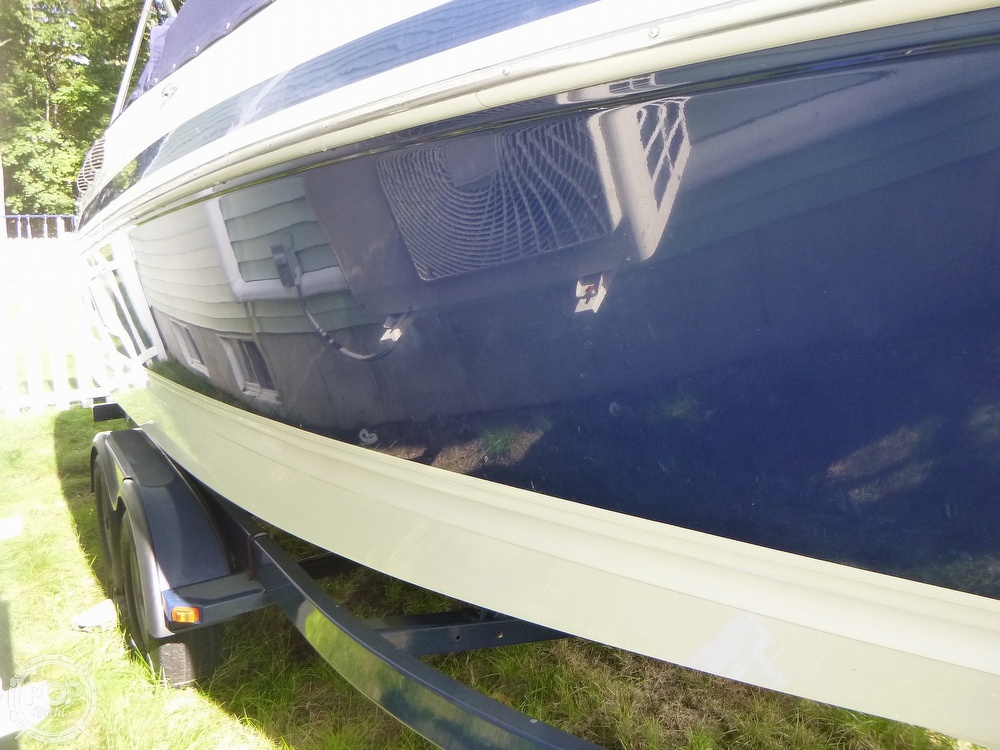 2011 Larson boat for sale, model of the boat is 238 LXi & Image # 18 of 40