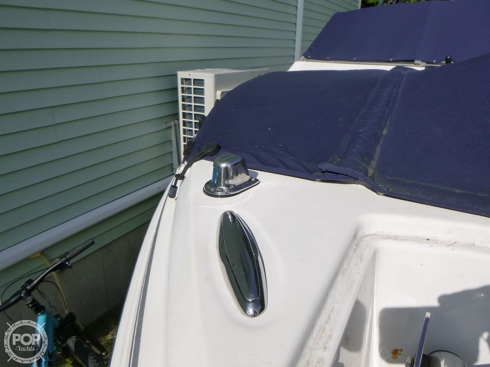 2011 Larson boat for sale, model of the boat is 238 LXi & Image # 22 of 40