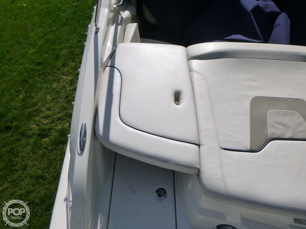 2011 Larson boat for sale, model of the boat is 238 LXi & Image # 32 of 40
