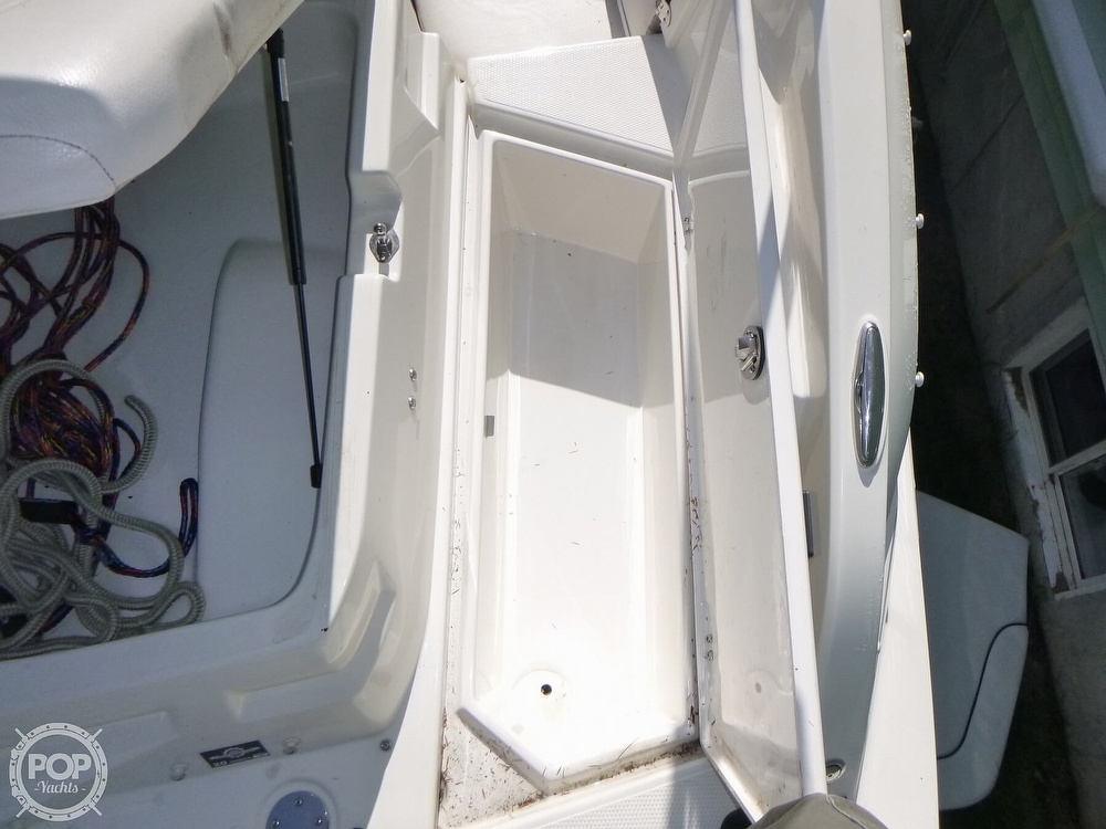 2011 Larson boat for sale, model of the boat is 238 LXi & Image # 36 of 40