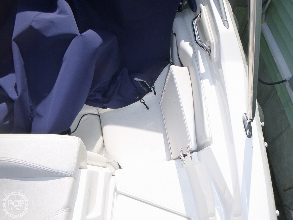 2011 Larson boat for sale, model of the boat is 238 LXi & Image # 39 of 40
