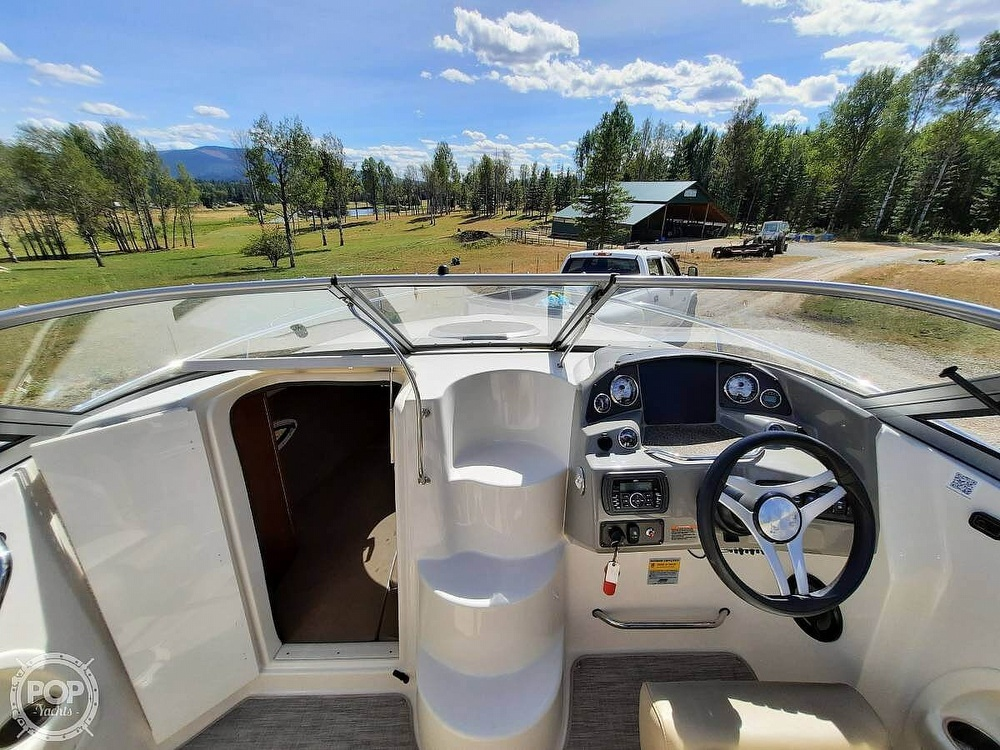 2016 Stingray boat for sale, model of the boat is 250CR & Image # 30 of 41