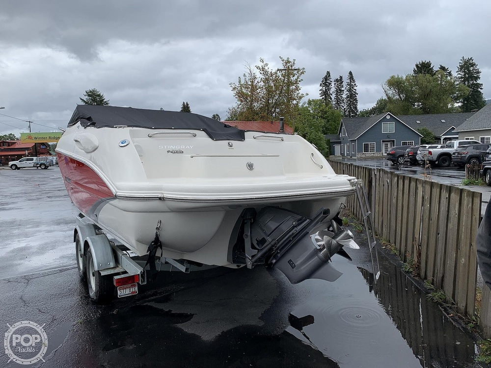 2016 Stingray boat for sale, model of the boat is 250CR & Image # 35 of 41