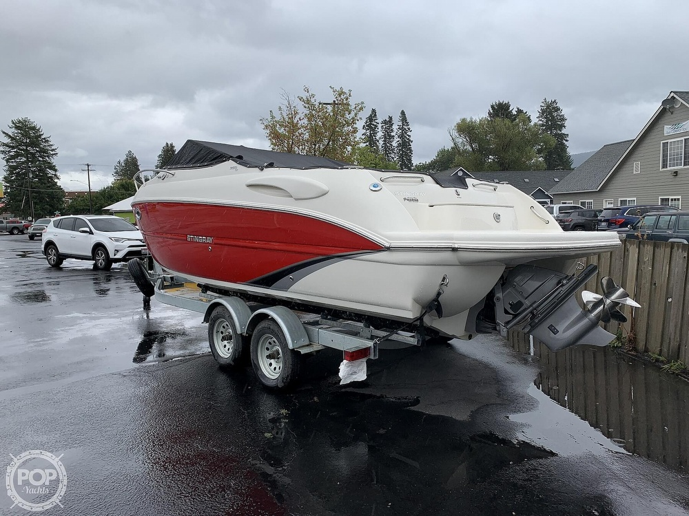 2016 Stingray boat for sale, model of the boat is 250CR & Image # 40 of 41
