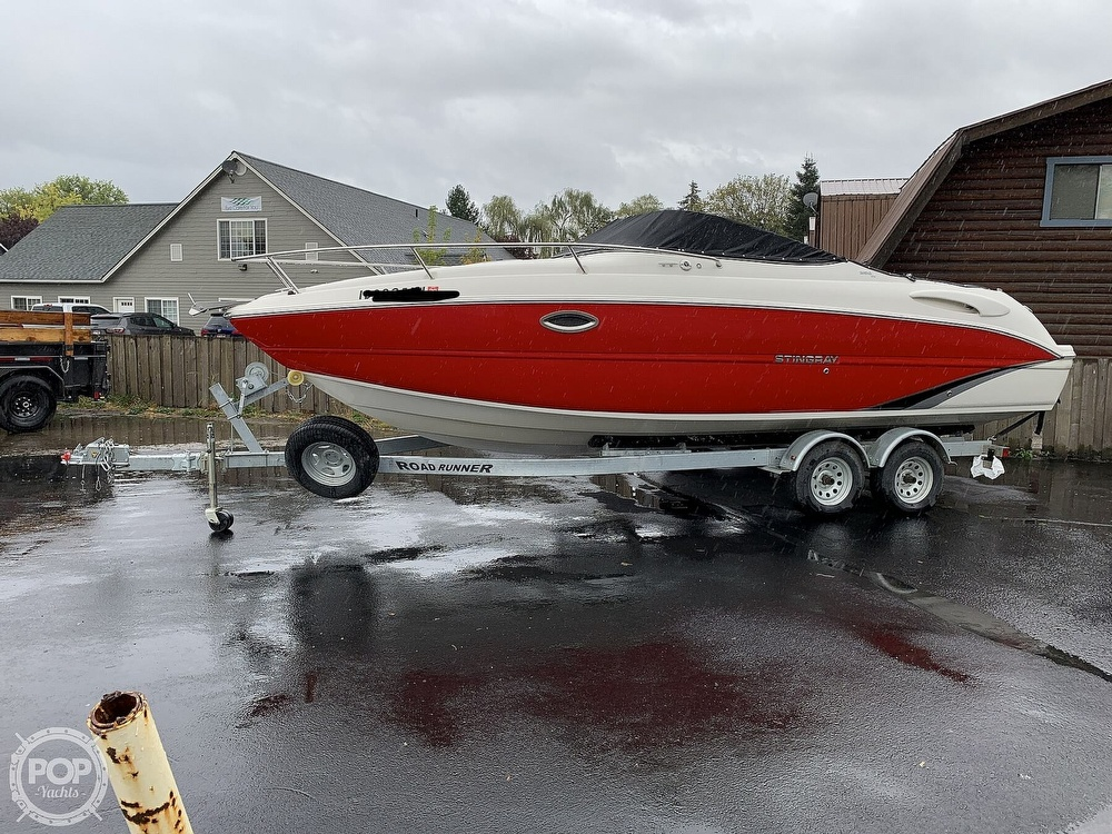 2016 Stingray boat for sale, model of the boat is 250CR & Image # 24 of 41