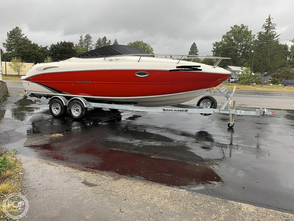 2016 Stingray boat for sale, model of the boat is 250CR & Image # 25 of 41