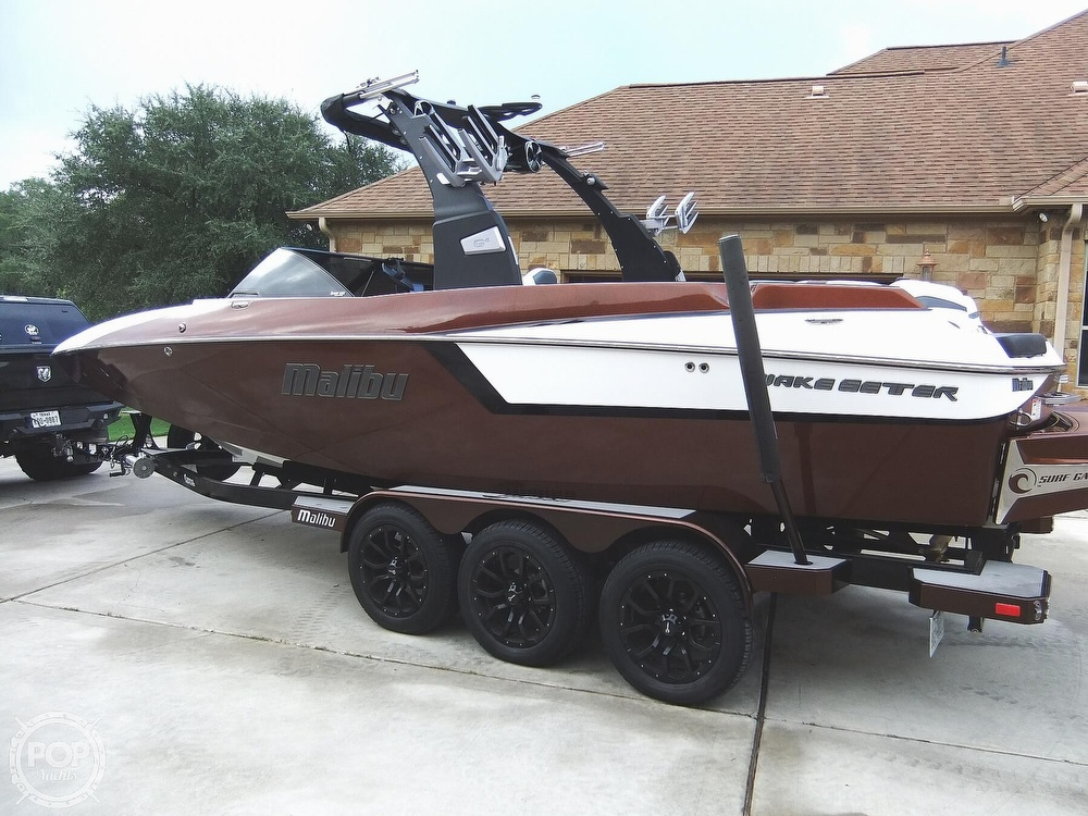 2017 Malibu boat for sale, model of the boat is 24mxz & Image # 4 of 40