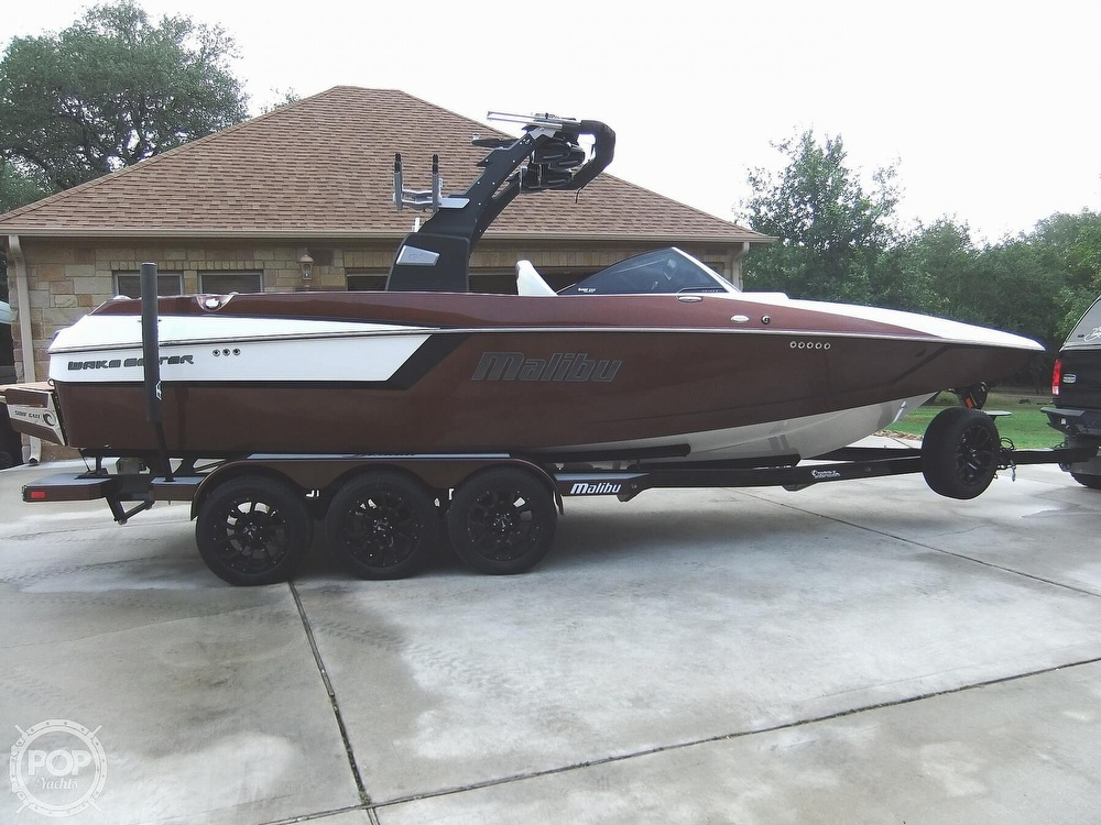 2017 Malibu boat for sale, model of the boat is 24mxz & Image # 5 of 40