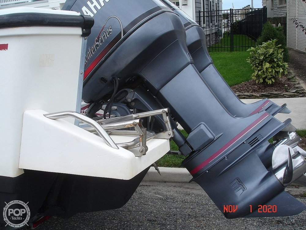 1994 Boston Whaler boat for sale, model of the boat is 24 Outrage & Image # 19 of 40