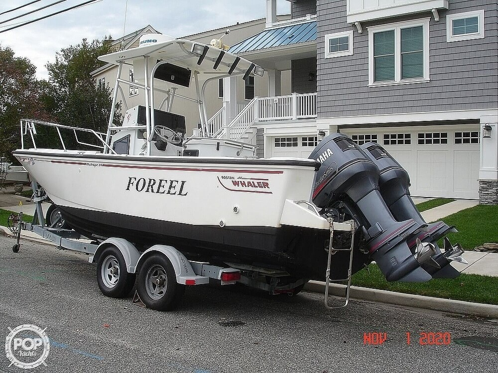 1994 Boston Whaler boat for sale, model of the boat is 24 Outrage & Image # 5 of 40