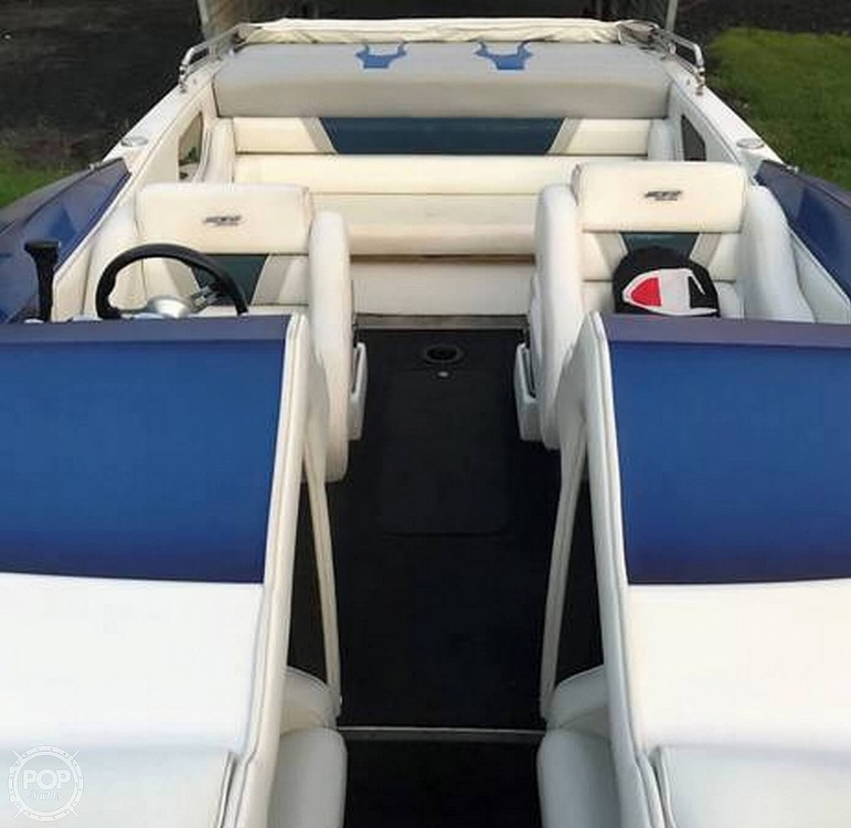 2005 Ultra boat for sale, model of the boat is 24 Stealth & Image # 4 of 40