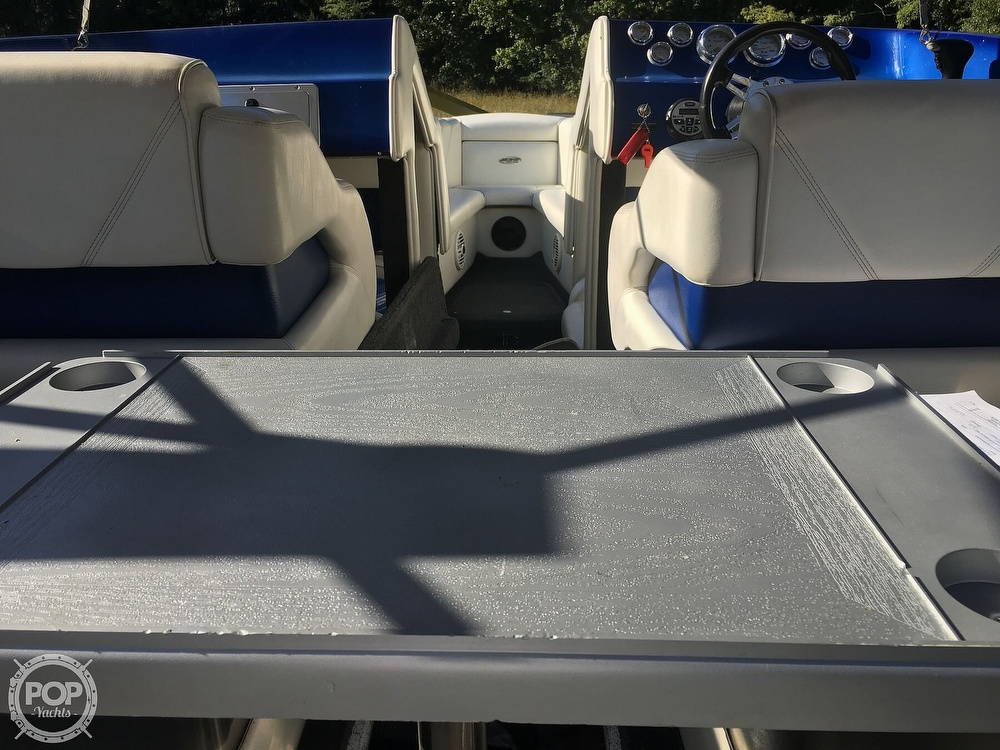 2005 Ultra boat for sale, model of the boat is 24 Stealth & Image # 24 of 40
