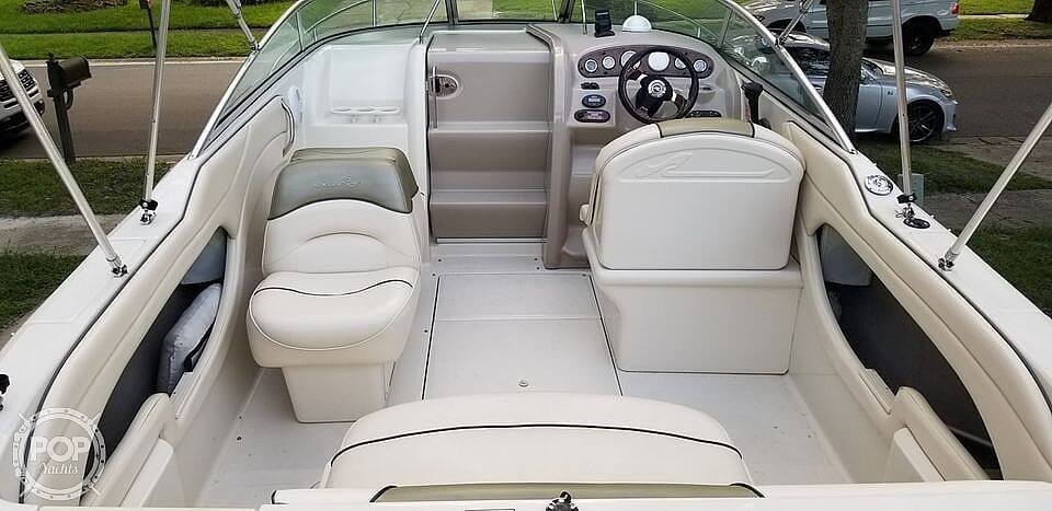 2005 Sea Ray boat for sale, model of the boat is 225 weekender & Image # 6 of 40