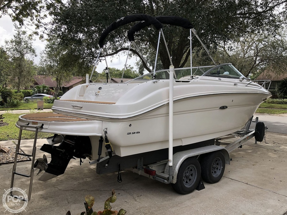 2005 Sea Ray boat for sale, model of the boat is 225 weekender & Image # 34 of 40