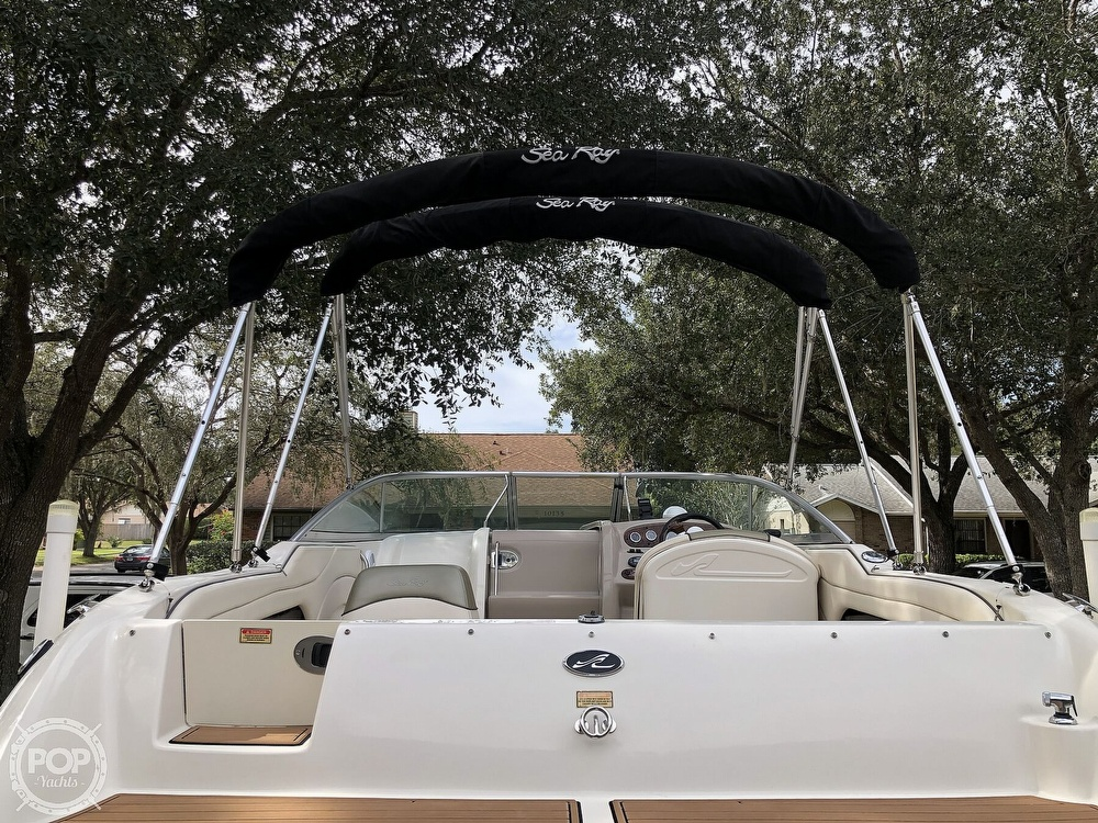 2005 Sea Ray boat for sale, model of the boat is 225 weekender & Image # 37 of 40