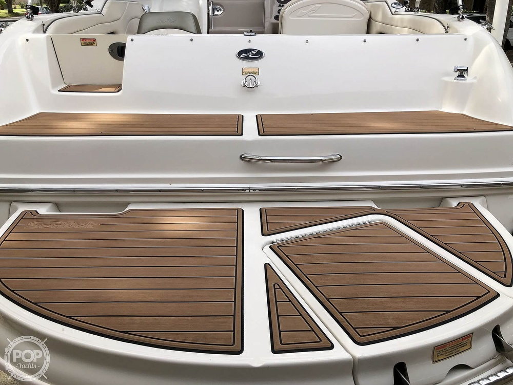 2005 Sea Ray boat for sale, model of the boat is 225 weekender & Image # 8 of 40