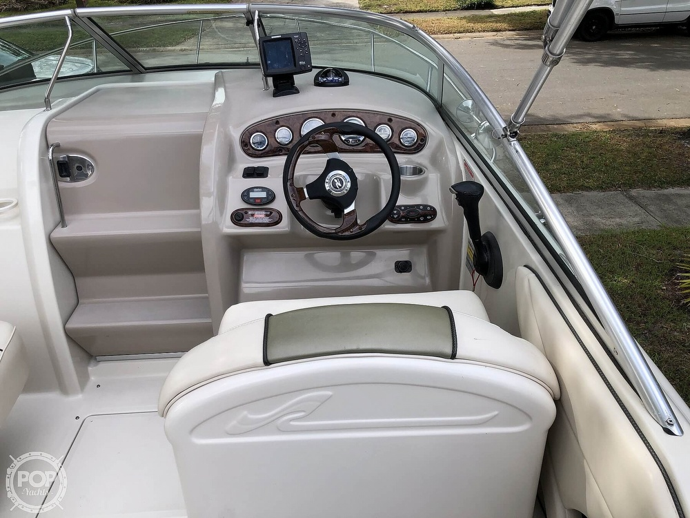 2005 Sea Ray boat for sale, model of the boat is 225 weekender & Image # 12 of 40
