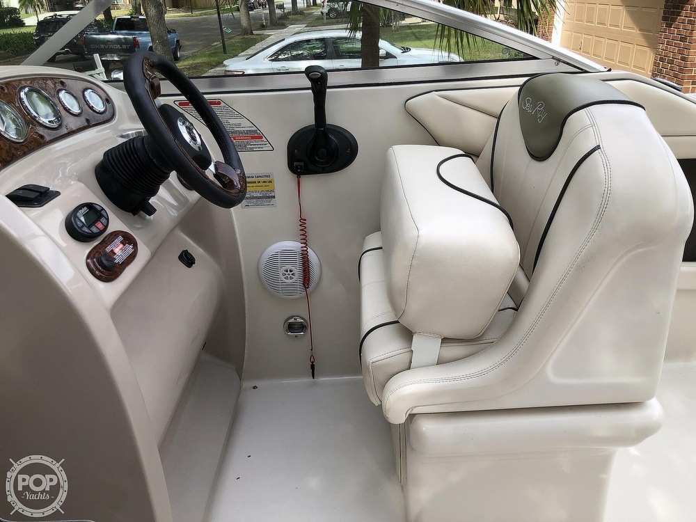2005 Sea Ray boat for sale, model of the boat is 225 weekender & Image # 13 of 40