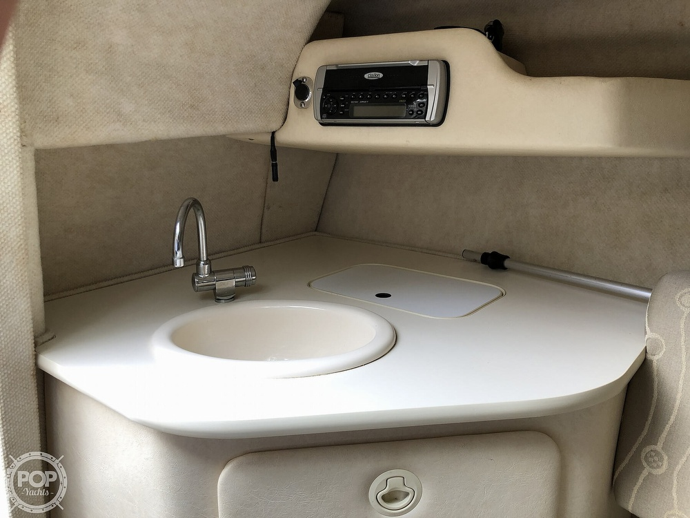 2005 Sea Ray boat for sale, model of the boat is 225 weekender & Image # 18 of 40