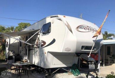 2011 Cougar 318SAB - #1