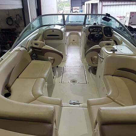 2006 Chaparral boat for sale, model of the boat is 256 ssi & Image # 33 of 40