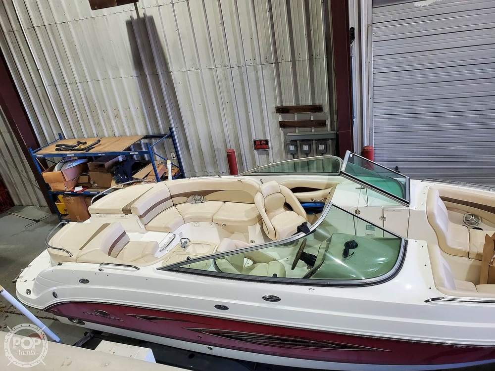 2006 Chaparral boat for sale, model of the boat is 256 ssi & Image # 10 of 40