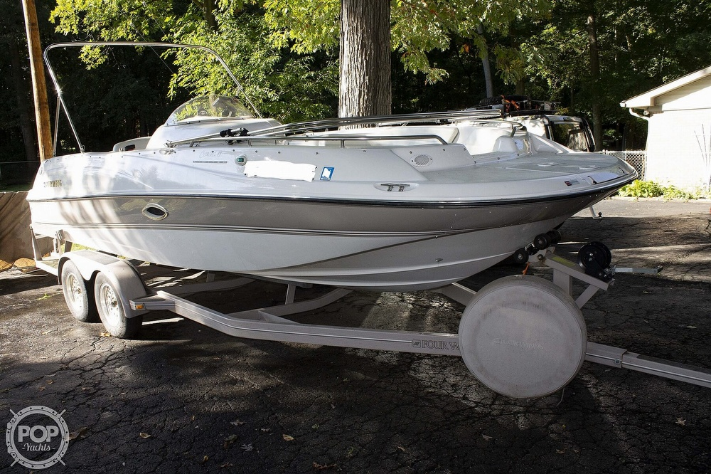 1997 Four Winns boat for sale, model of the boat is 214 Candia FS Limited & Image # 2 of 33