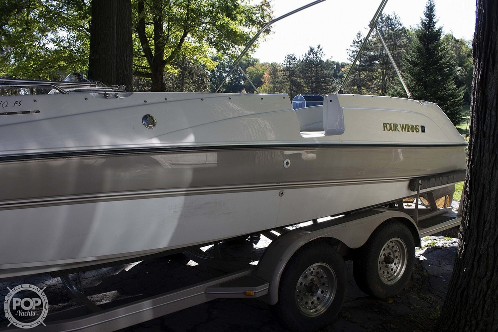 1997 Four Winns boat for sale, model of the boat is 214 Candia FS Limited & Image # 8 of 33