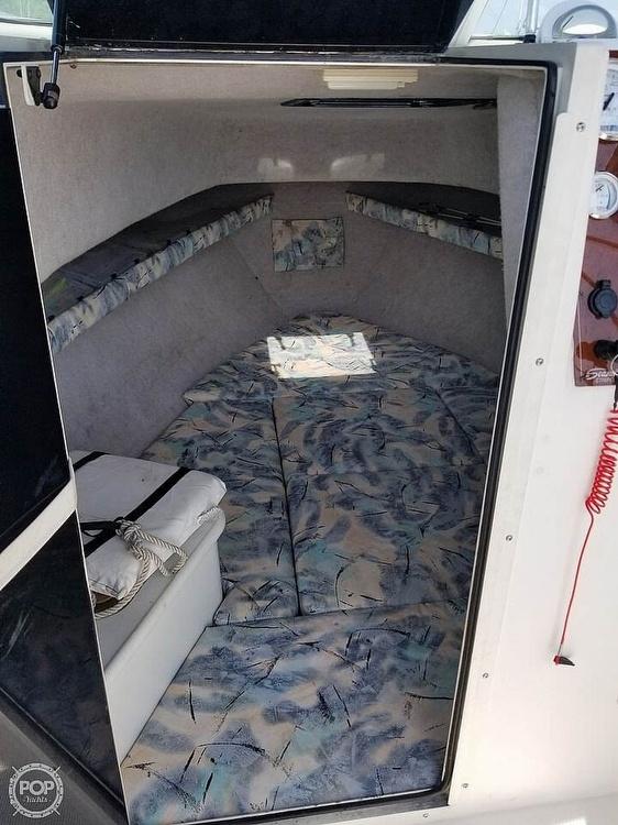 1997 Seaswirl boat for sale, model of the boat is Striper 2600 WA & Image # 10 of 40