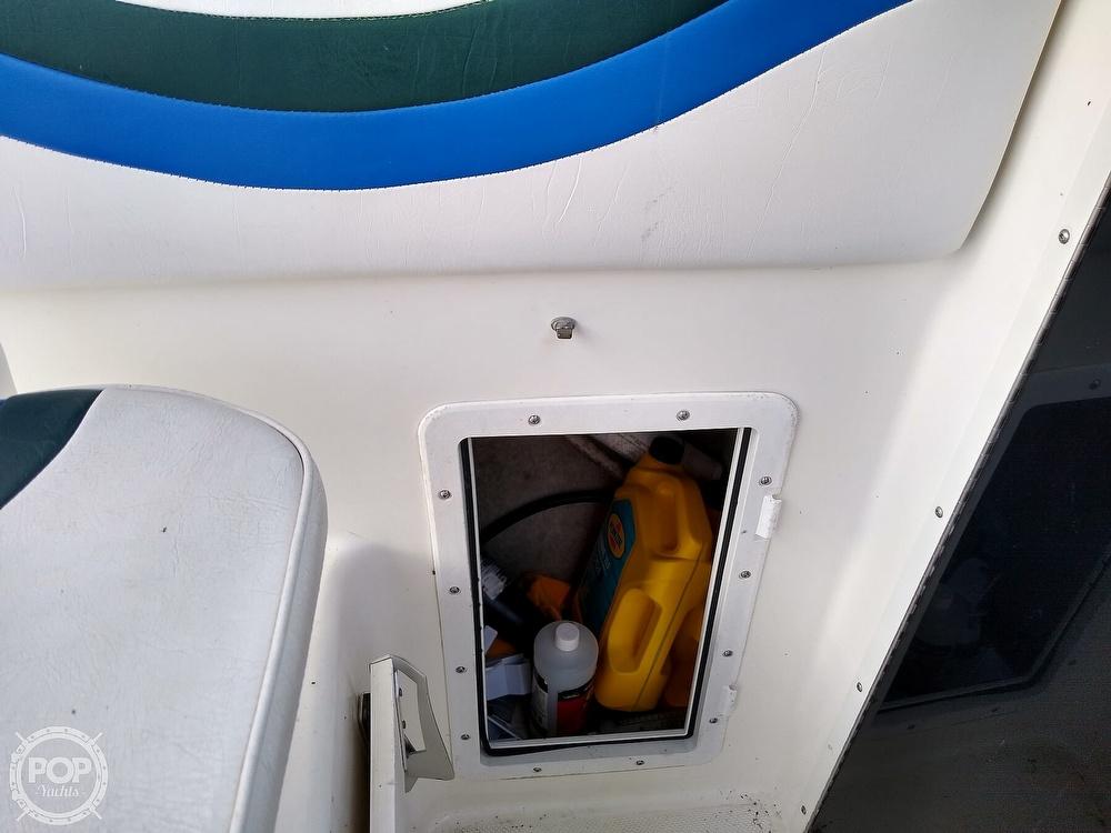 1997 Seaswirl boat for sale, model of the boat is Striper 2600 WA & Image # 31 of 40