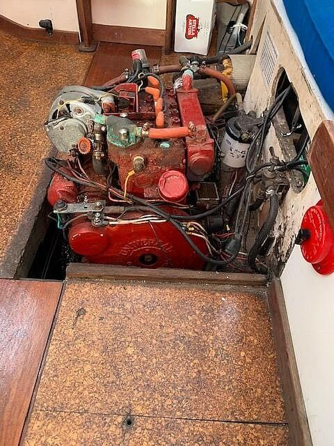 1971 Tartan boat for sale, model of the boat is 34C & Image # 7 of 23
