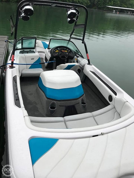 2000 Correct Craft boat for sale, model of the boat is 210 Super Air Nautique & Image # 12 of 25