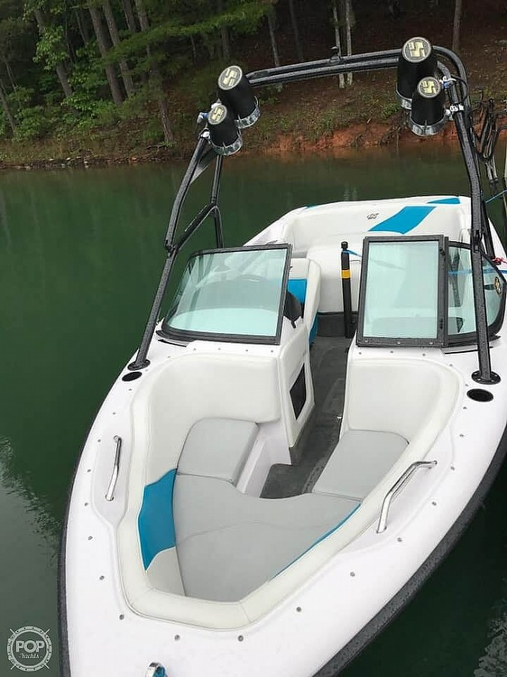 2000 Correct Craft boat for sale, model of the boat is 210 Super Air Nautique & Image # 17 of 25