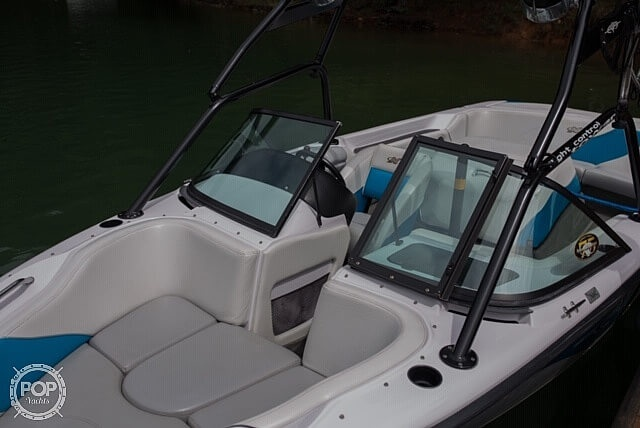 2000 Correct Craft boat for sale, model of the boat is 210 Super Air Nautique & Image # 19 of 25