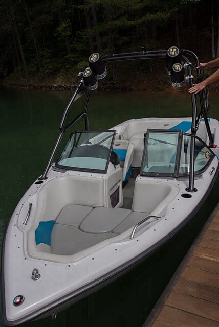 2000 Correct Craft boat for sale, model of the boat is 210 Super Air Nautique & Image # 20 of 25