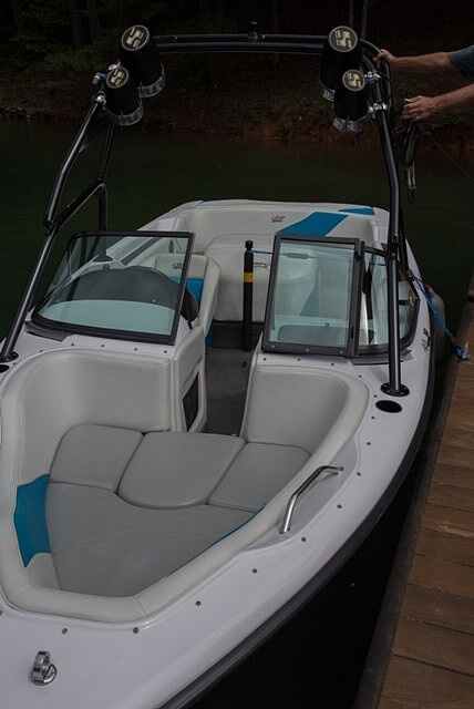 2000 Correct Craft boat for sale, model of the boat is 210 Super Air Nautique & Image # 23 of 25