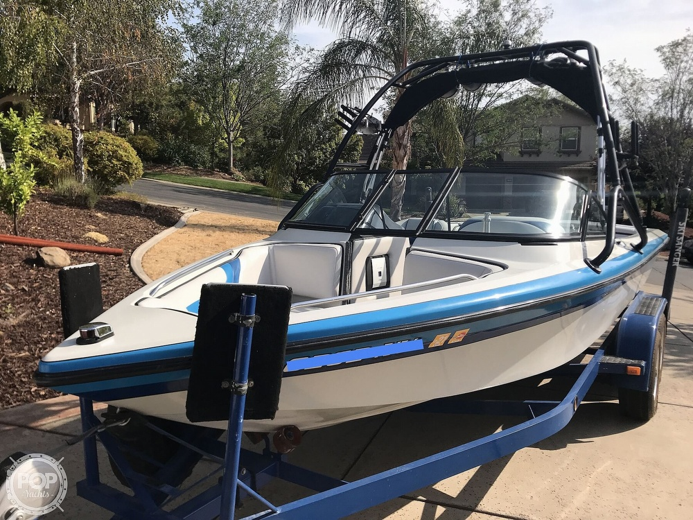 1995 Sanger boat for sale, model of the boat is DLX & Image # 3 of 40