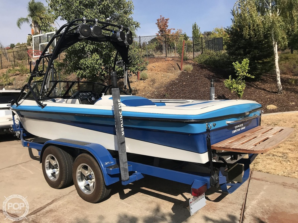1995 Sanger boat for sale, model of the boat is DLX & Image # 5 of 40