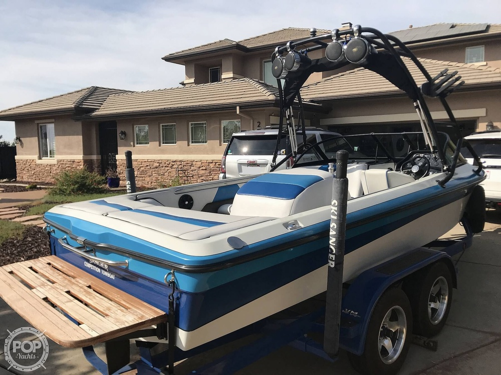 1995 Sanger boat for sale, model of the boat is DLX & Image # 7 of 40
