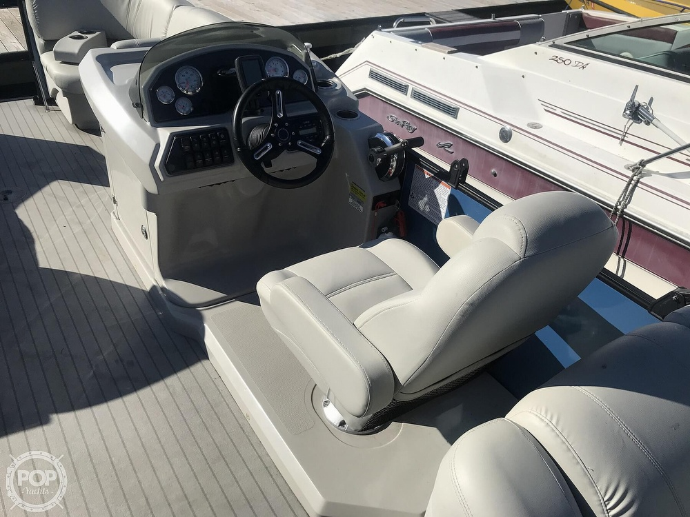 2017 Starcraft boat for sale, model of the boat is SLS 3 & Image # 25 of 41