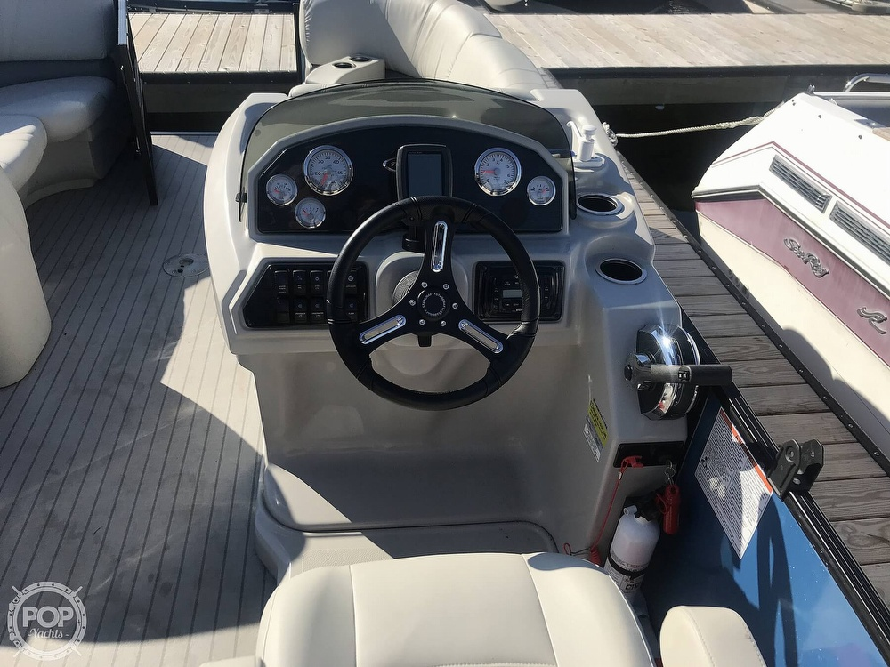 2017 Starcraft boat for sale, model of the boat is SLS 3 & Image # 26 of 41