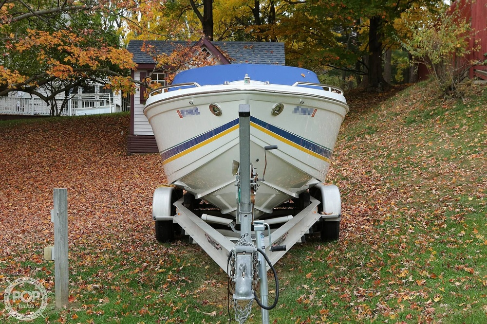 1999 Formula boat for sale, model of the boat is 312 FASTech & Image # 9 of 40