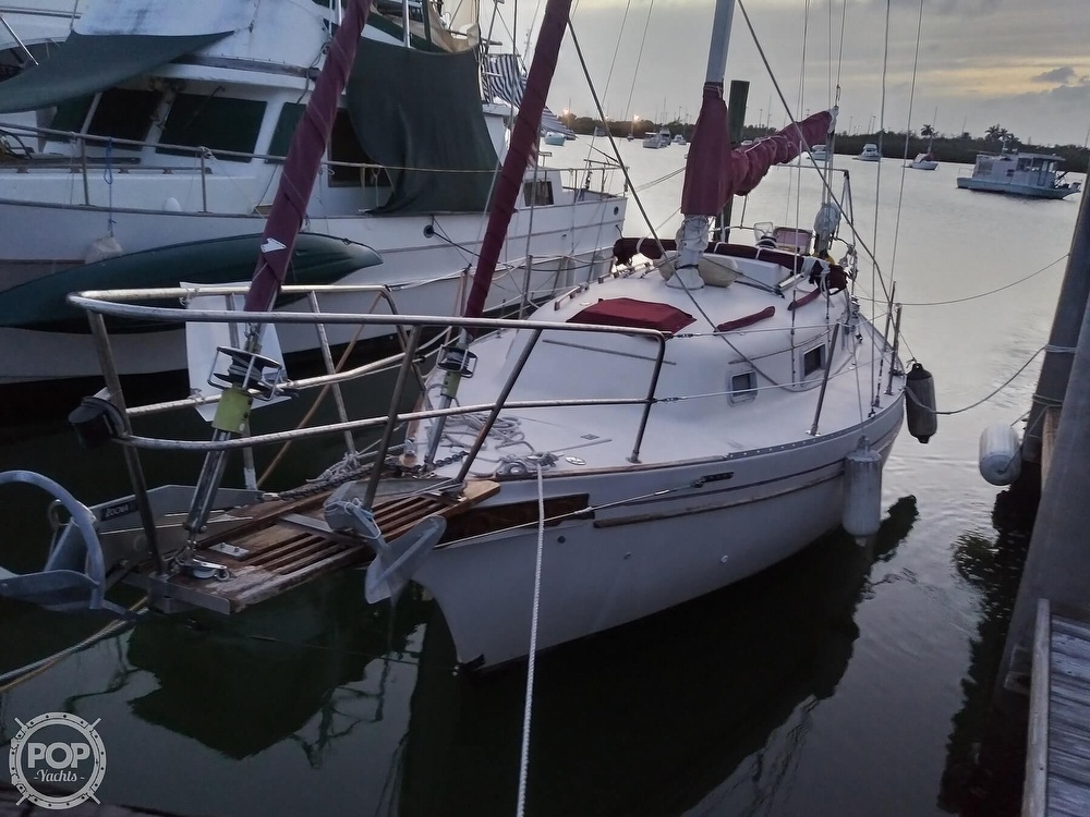 1986 Bayfield Yachts boat for sale, model of the boat is 29 & Image # 2 of 40