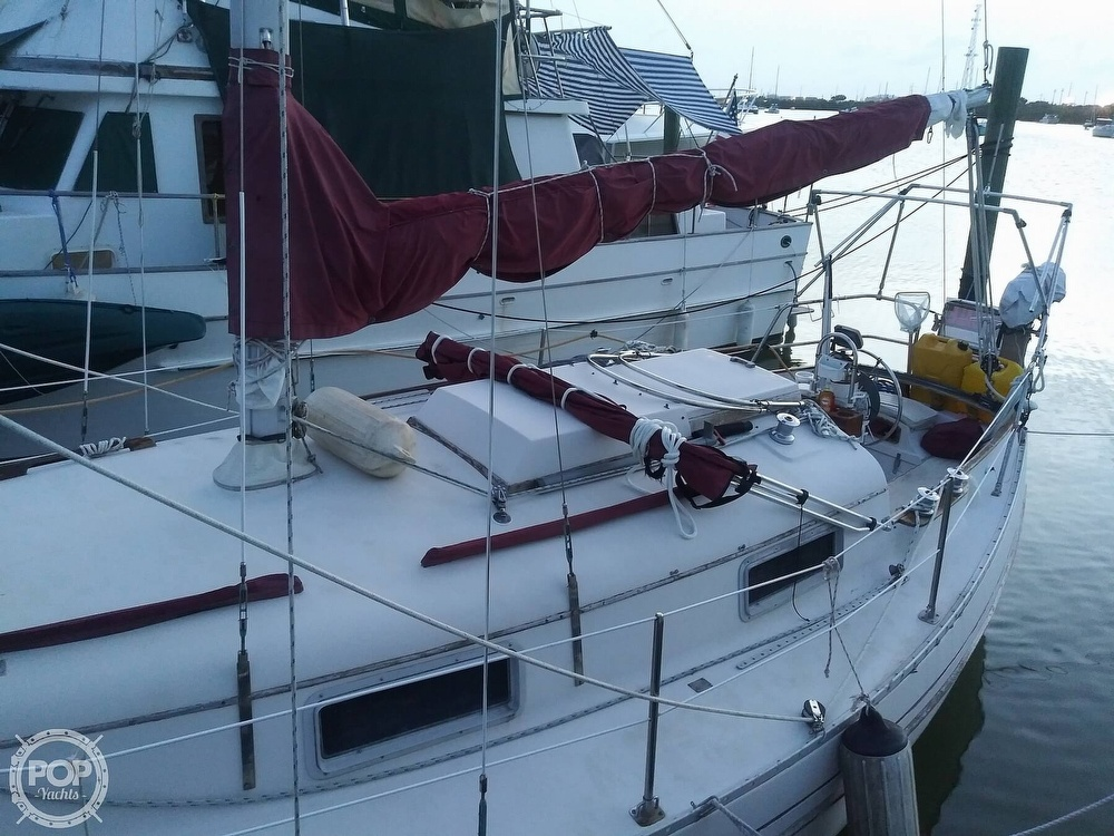 1986 Bayfield Yachts boat for sale, model of the boat is 29 & Image # 4 of 40