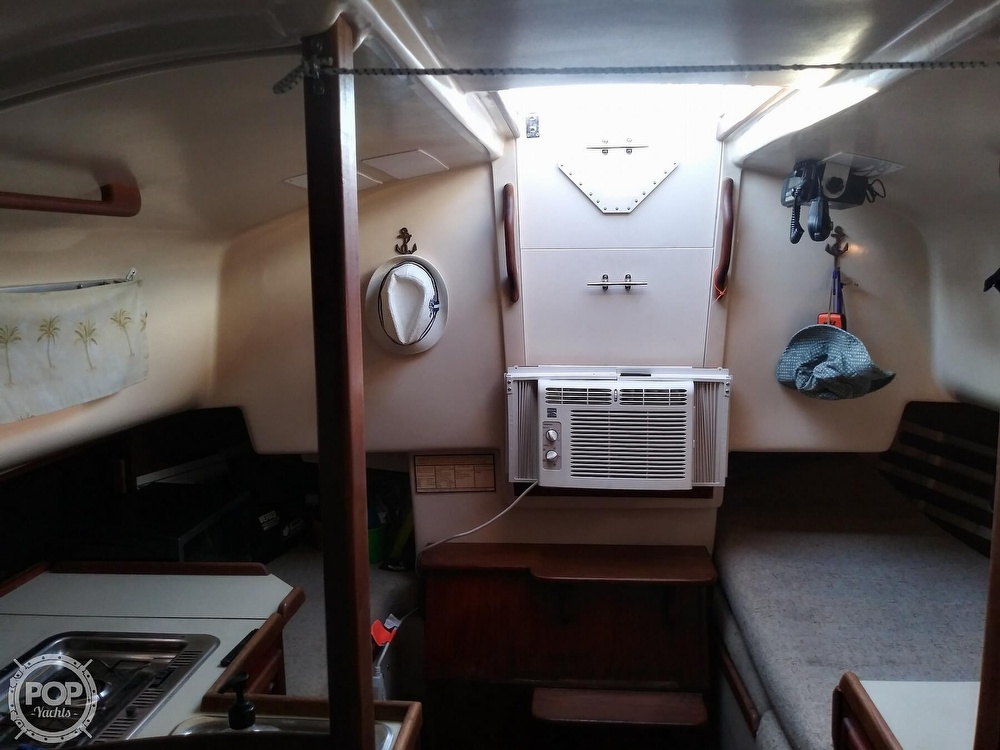 1986 Bayfield Yachts boat for sale, model of the boat is 29 & Image # 11 of 40