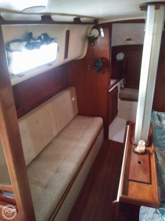 1986 Bayfield Yachts boat for sale, model of the boat is 29 & Image # 13 of 40