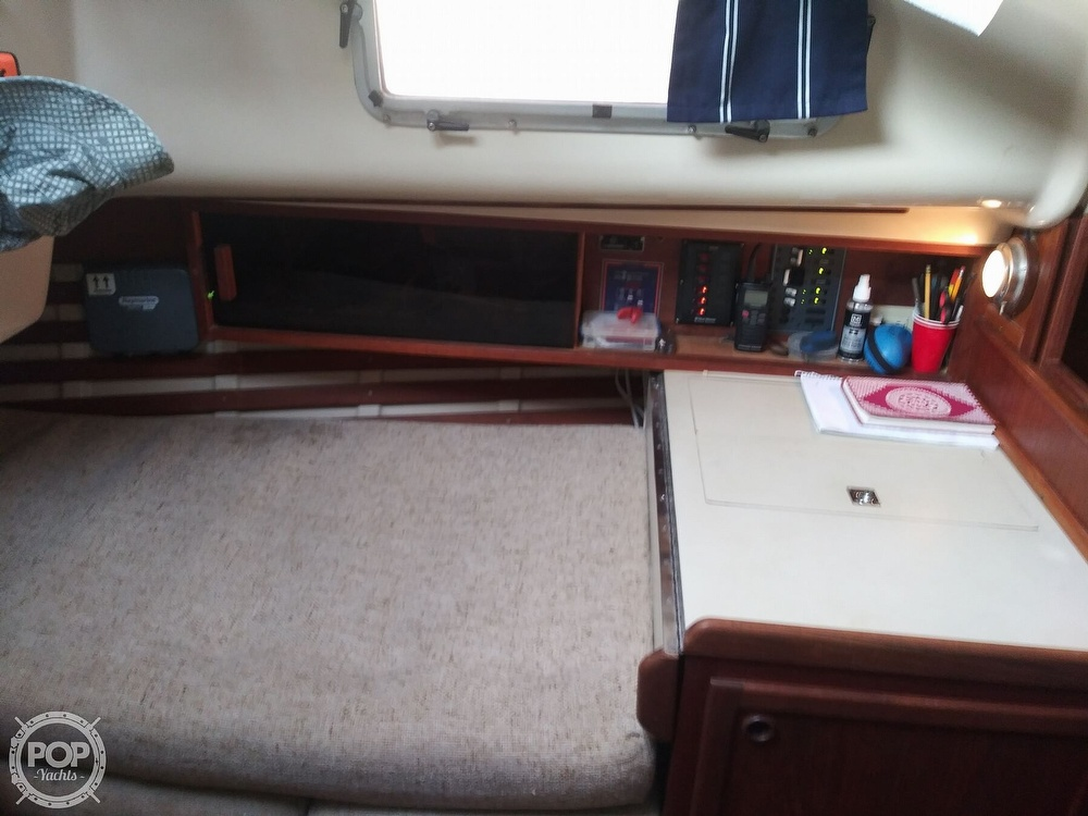 1986 Bayfield Yachts boat for sale, model of the boat is 29 & Image # 15 of 40