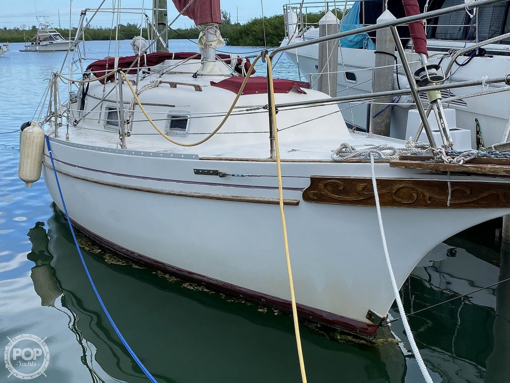 1986 Bayfield Yachts boat for sale, model of the boat is 29 & Image # 22 of 40